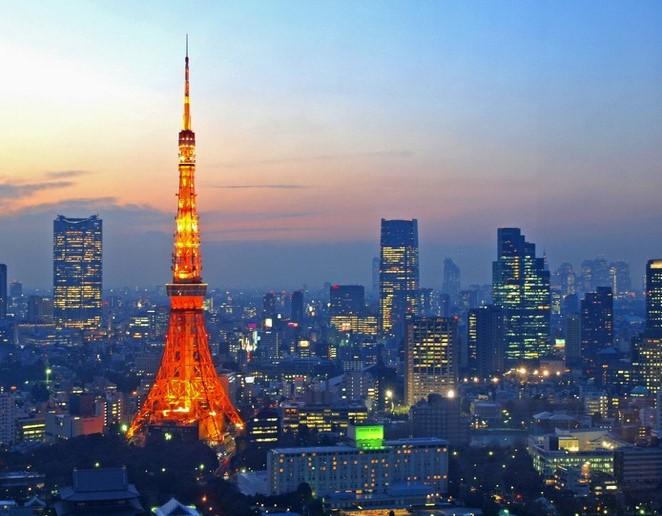 东京最著名的地标东京铁塔亦位於此区内